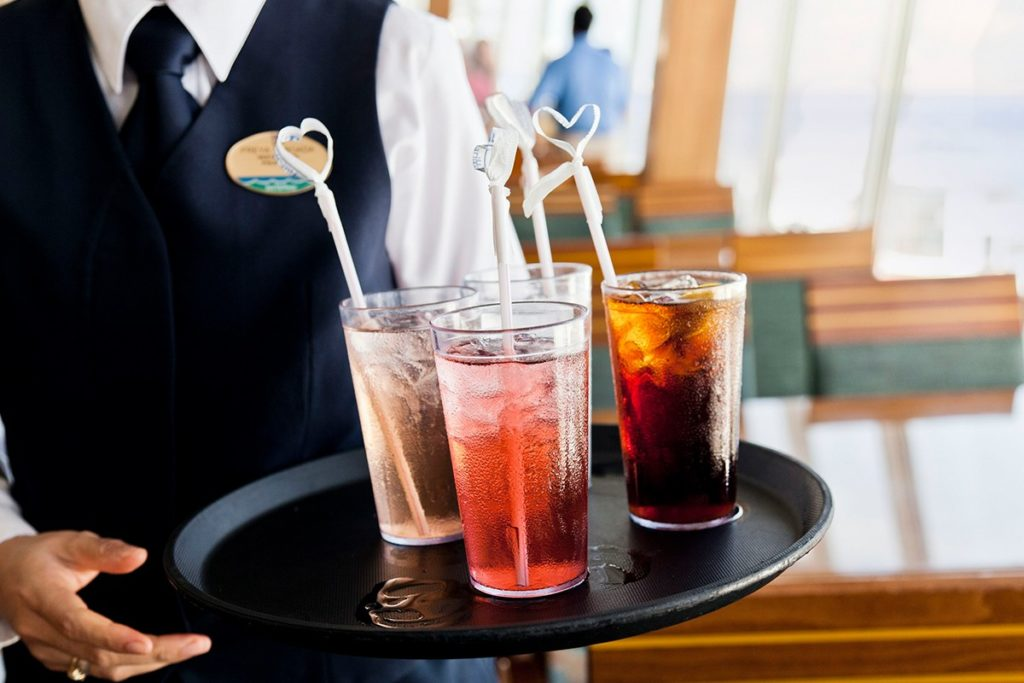 cruise ship free drinks