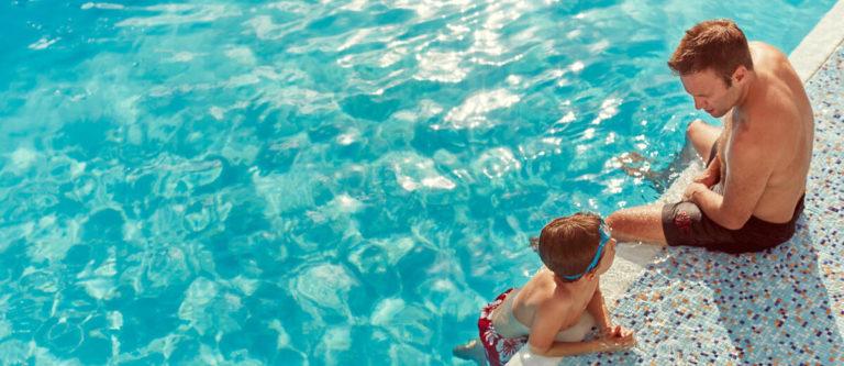 P&O Iona family pool