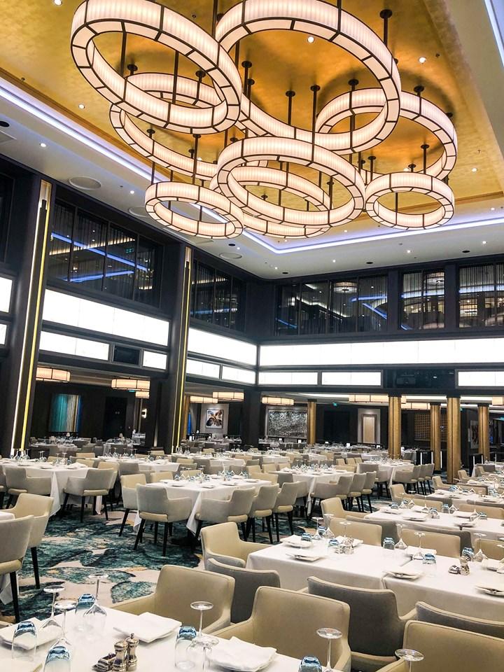 Manhattan Room Main Dining on Norwegian Encore