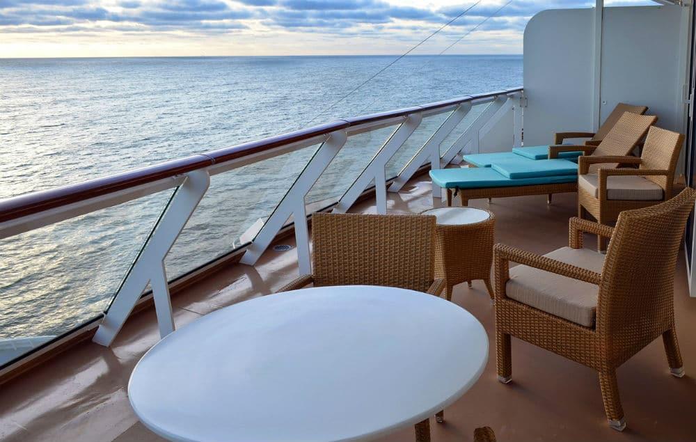 smoking on cruise ship balcony