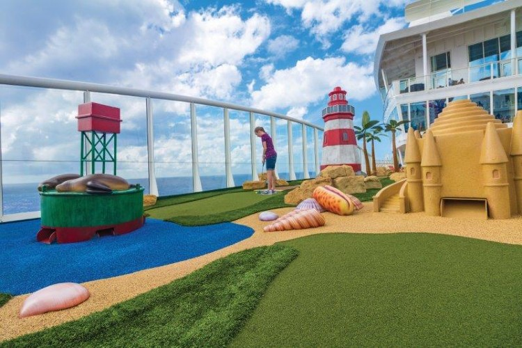 Royal Caribbean mini golf