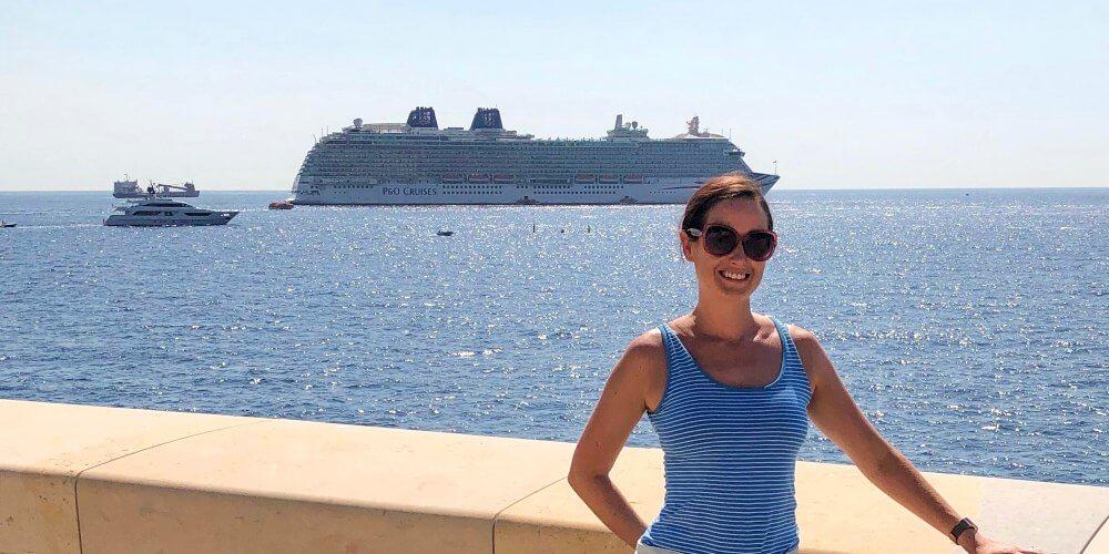 Cruise Mummy with P&O Cruises ship