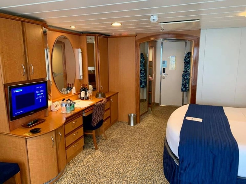 Radiance of the Seas Junior Suite