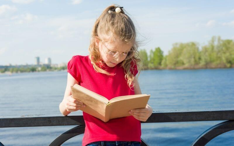 8 year old on river cruise