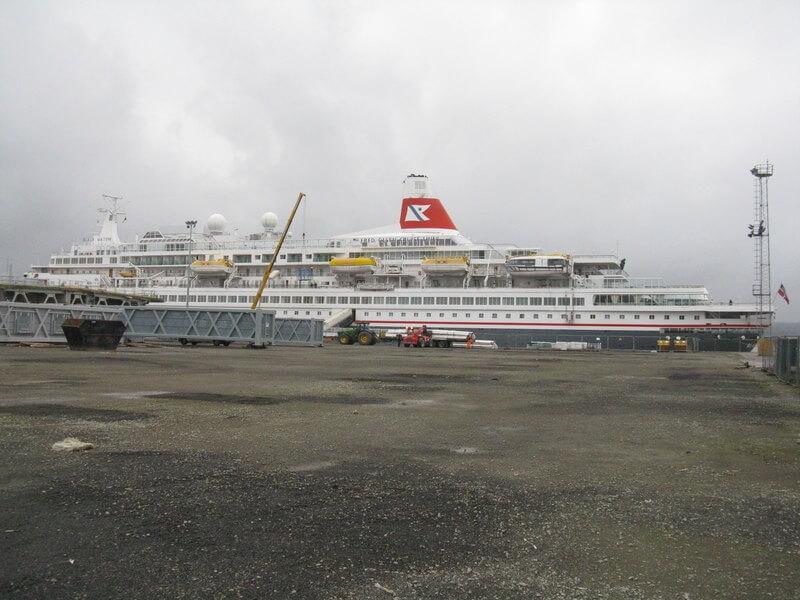 Fred Olsen ship at Rosyth Cruise Port