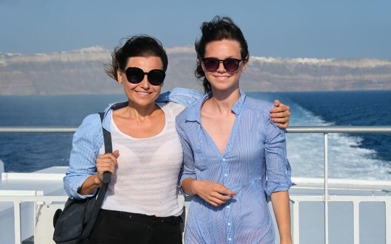 mother and daughter on cruise