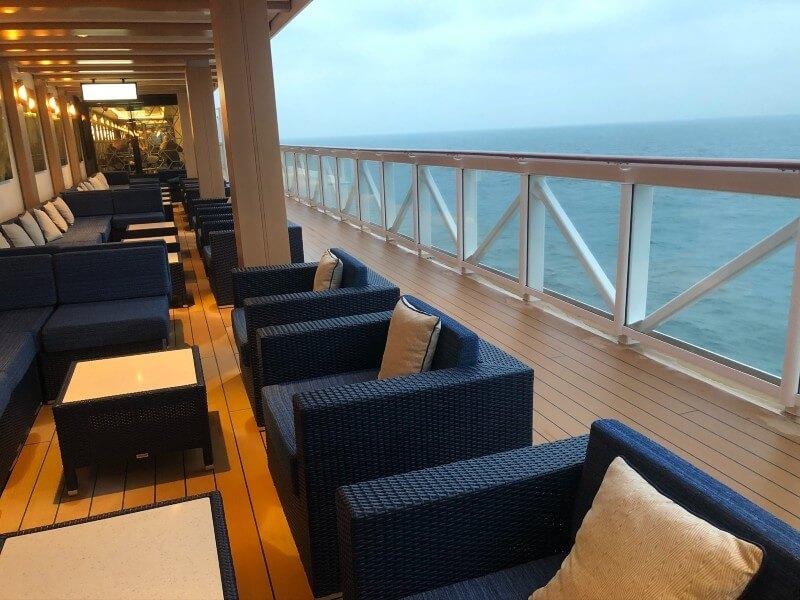 Bar on NCL cruise ship