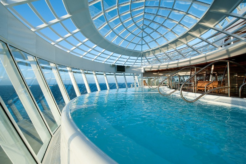Allure of the Seas whirlpool